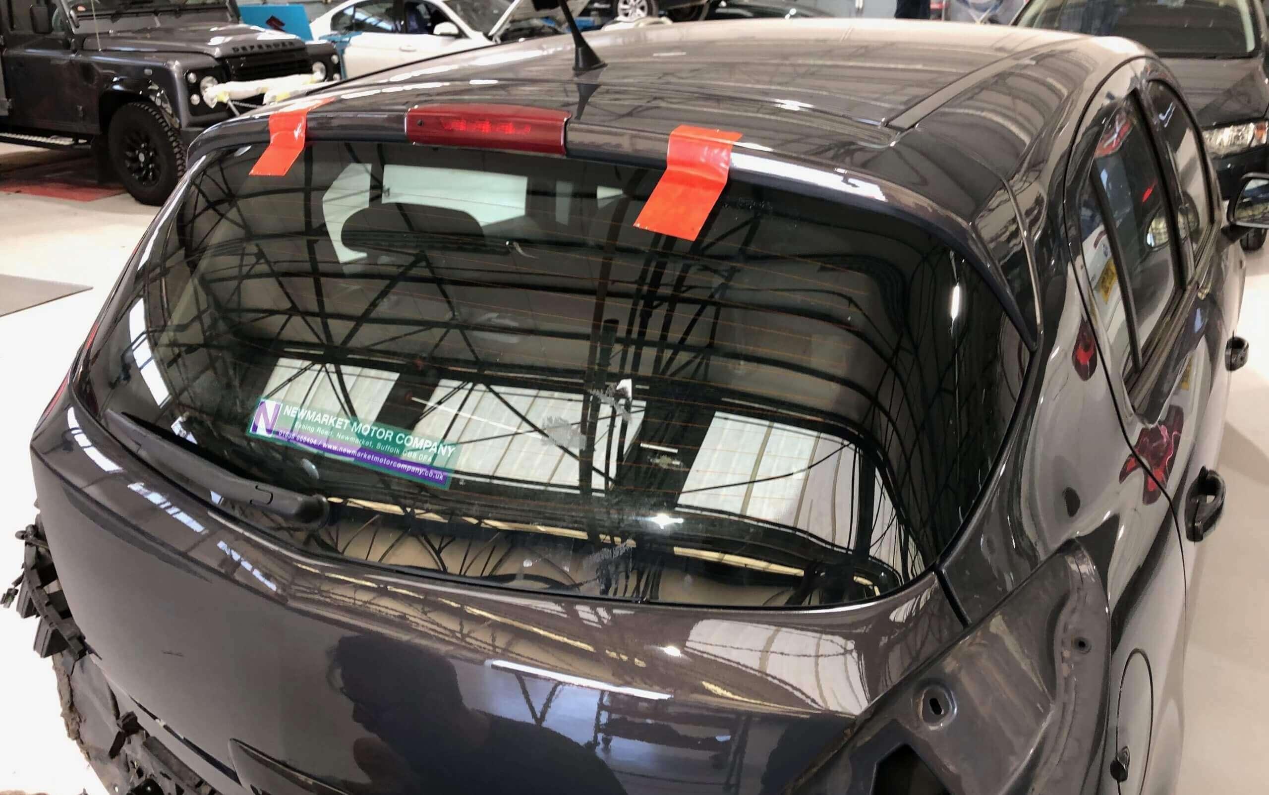 Rear heated windscreen