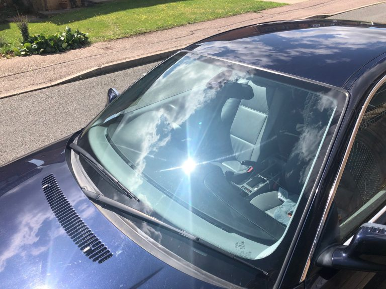 Windscreen Repair and replacement in Sundon